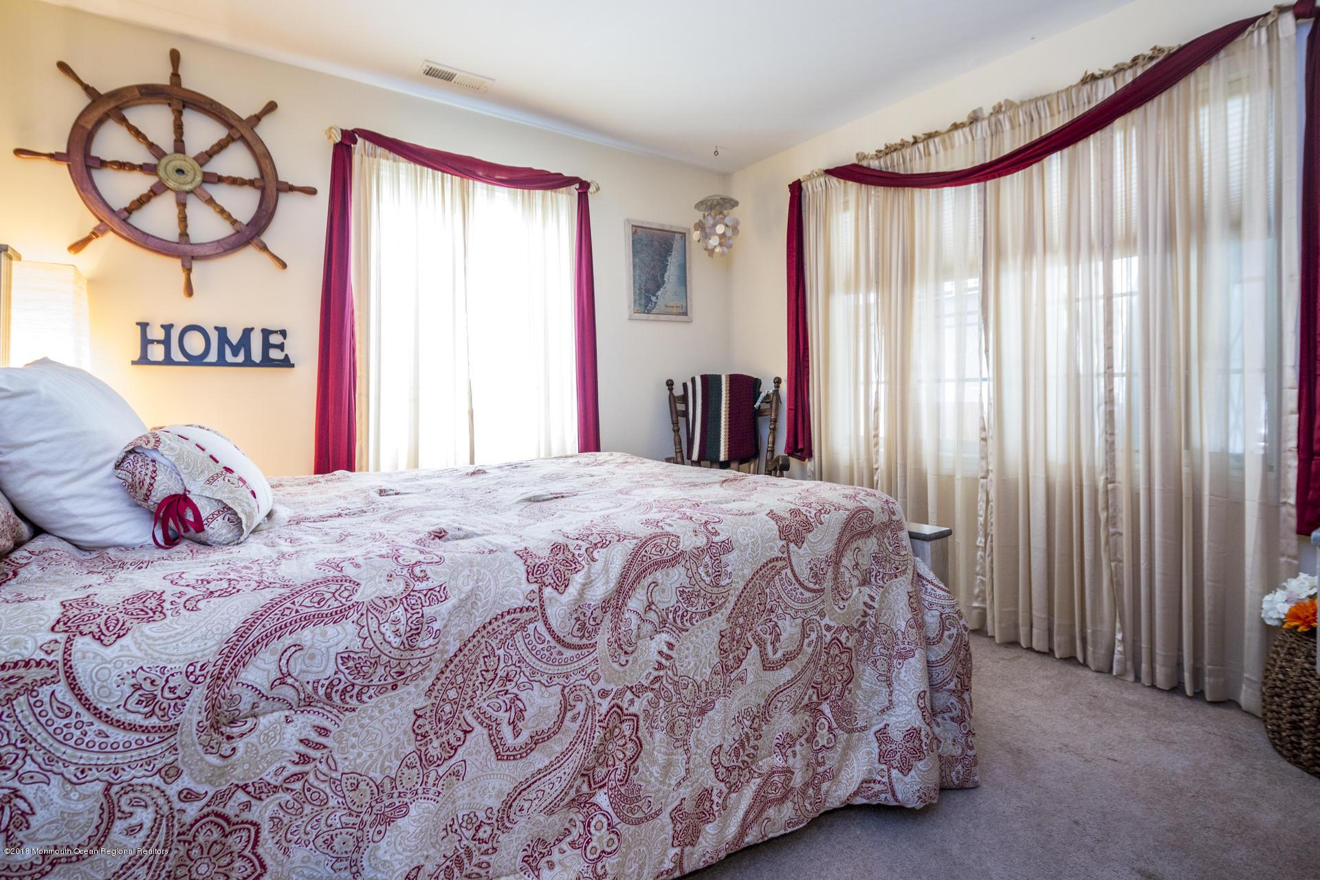 11_Guestroom