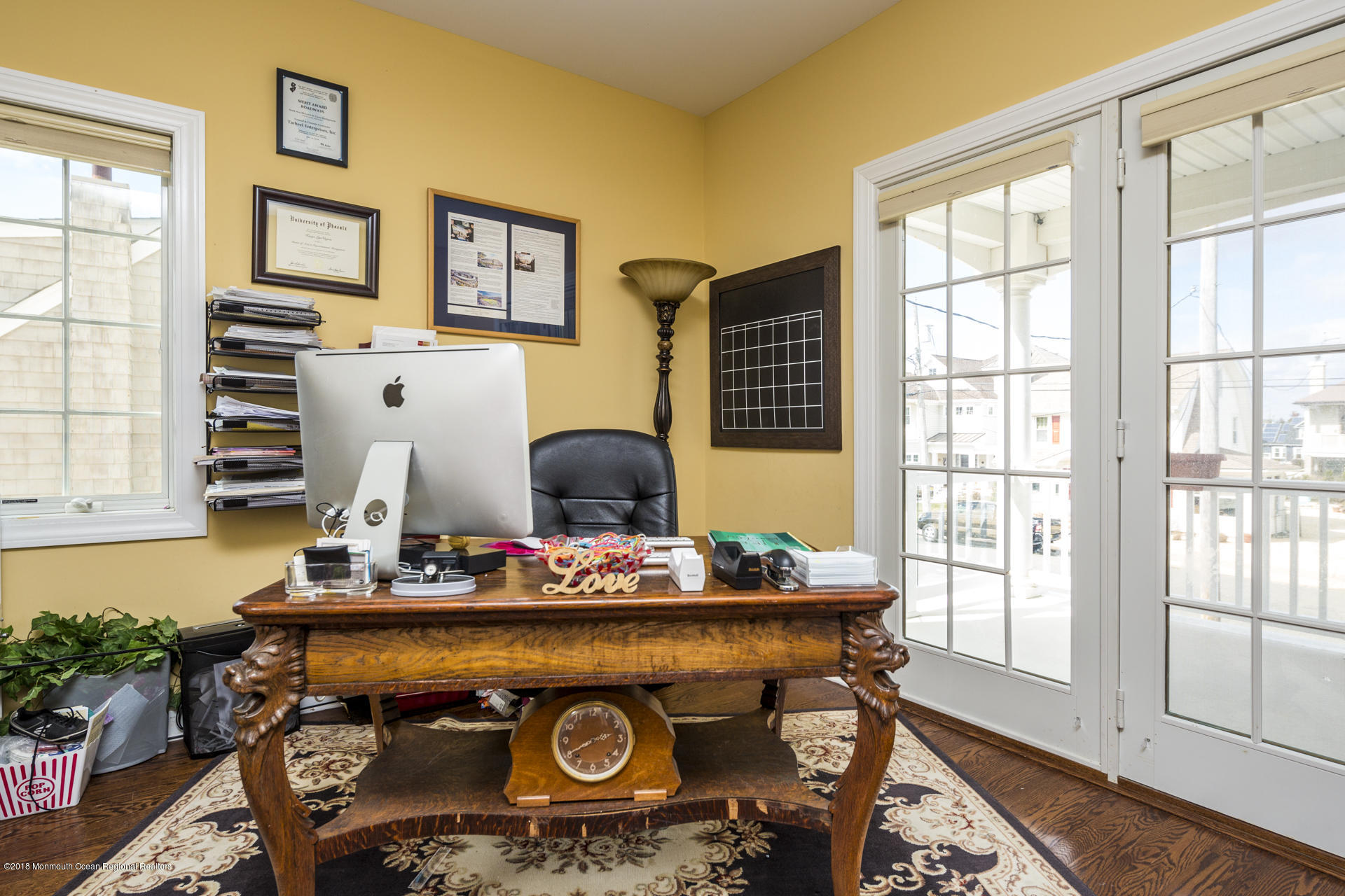 25_Office