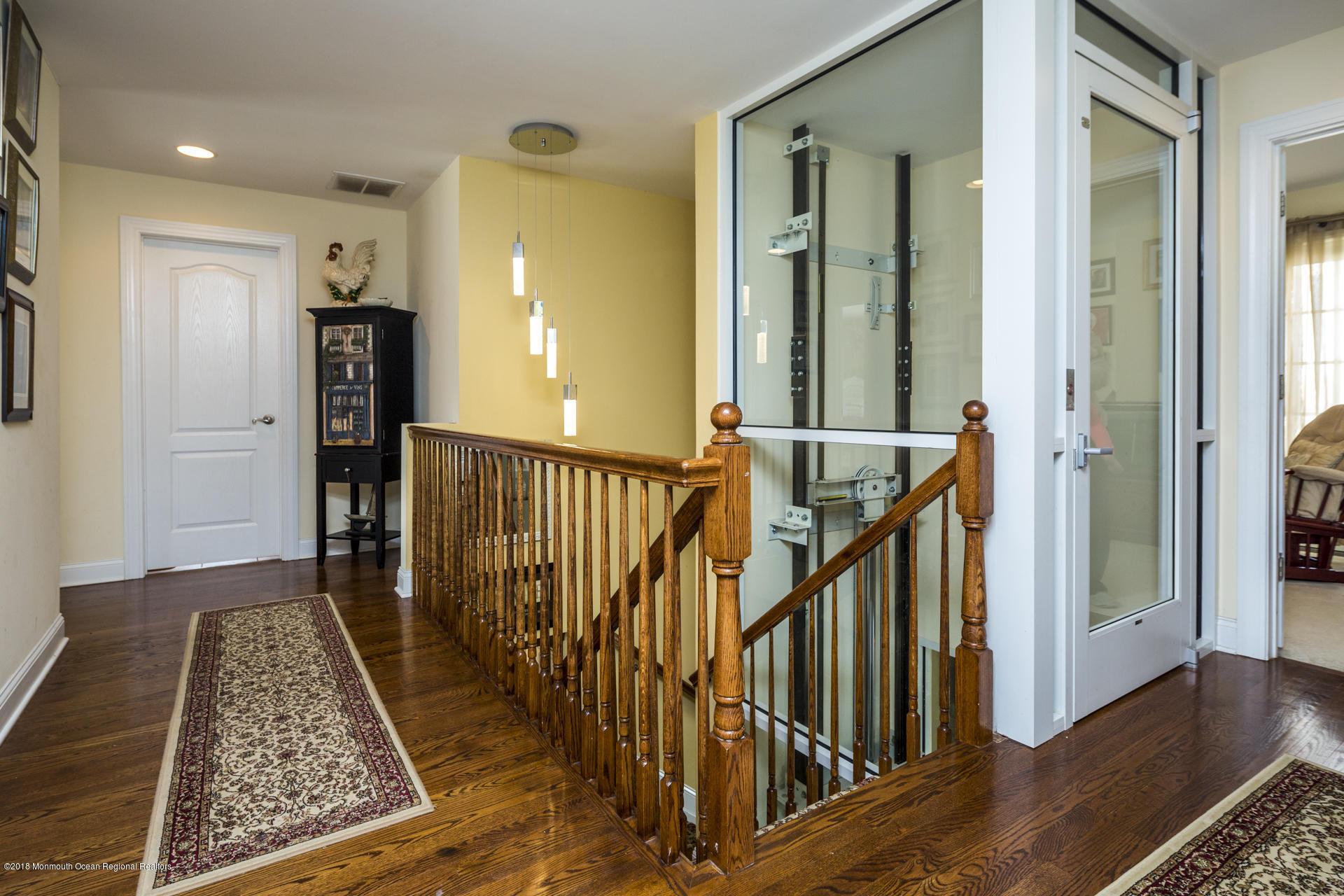 35_Upper Hallway