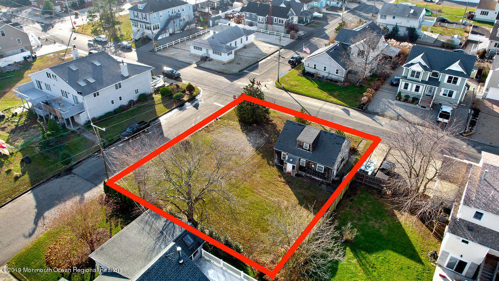 Property Photo: 213 Narragansette Avenue Ocean Gate, NJ 08740