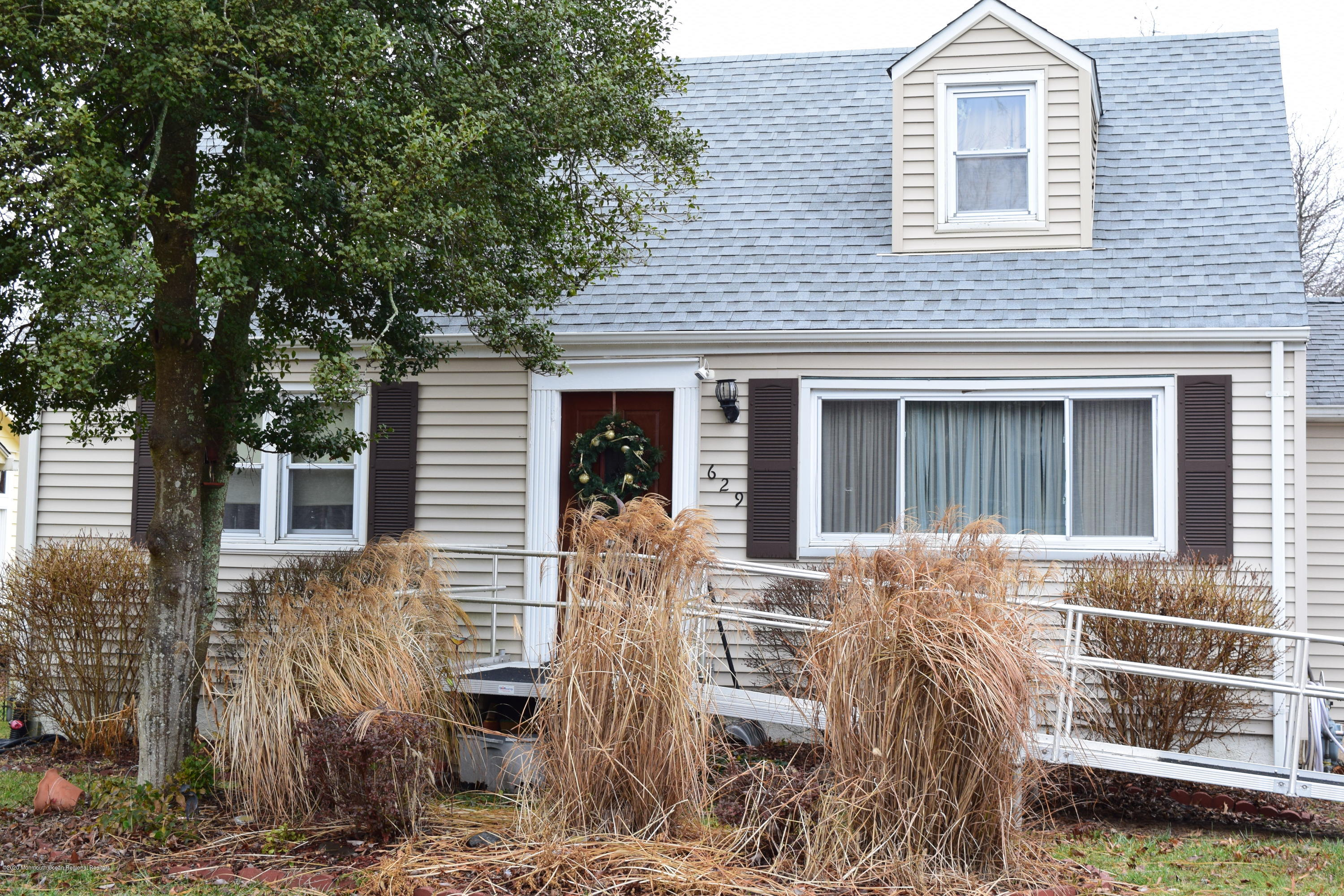 Property Photo: 629 Cape May Avenue Ocean Gate, NJ 08740