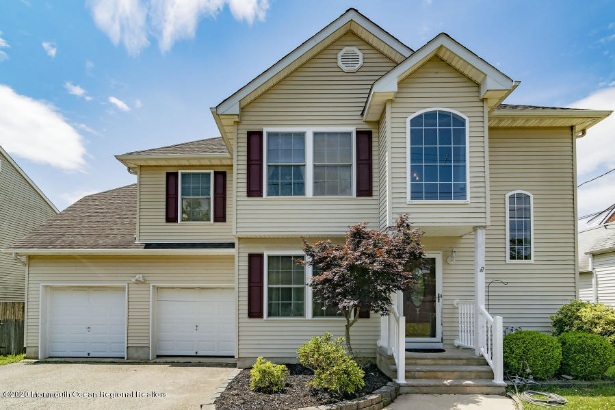 Property Photo: 712 Wildwood Avenue Ocean Gate, NJ 08740