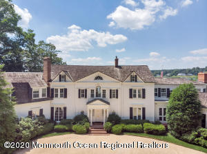 Photo of 82 W River Road, Rumson, NJ 07760