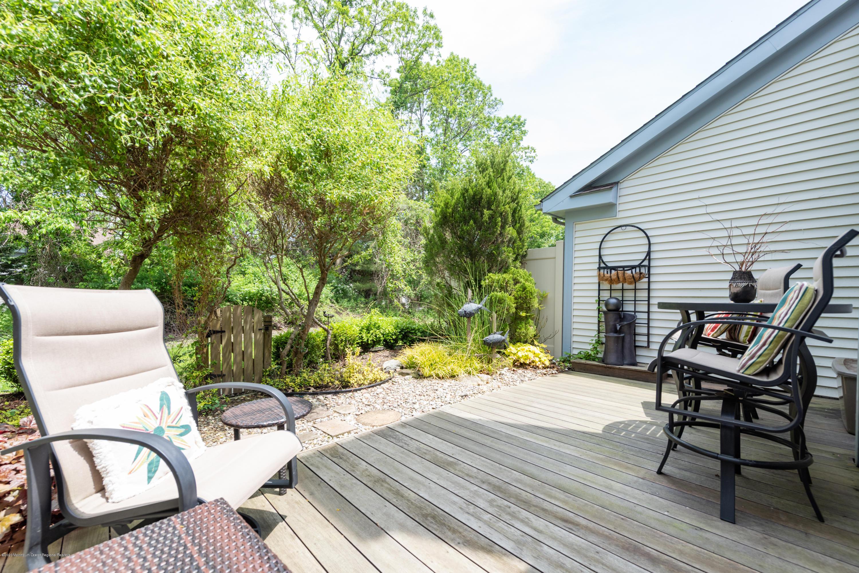 Backyard Mahogany Deck