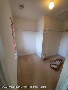 WALK IN Closet bedroom 2