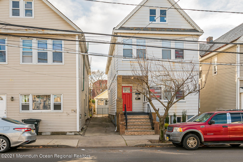 214 Hamilton St New Brunswick-large-fron