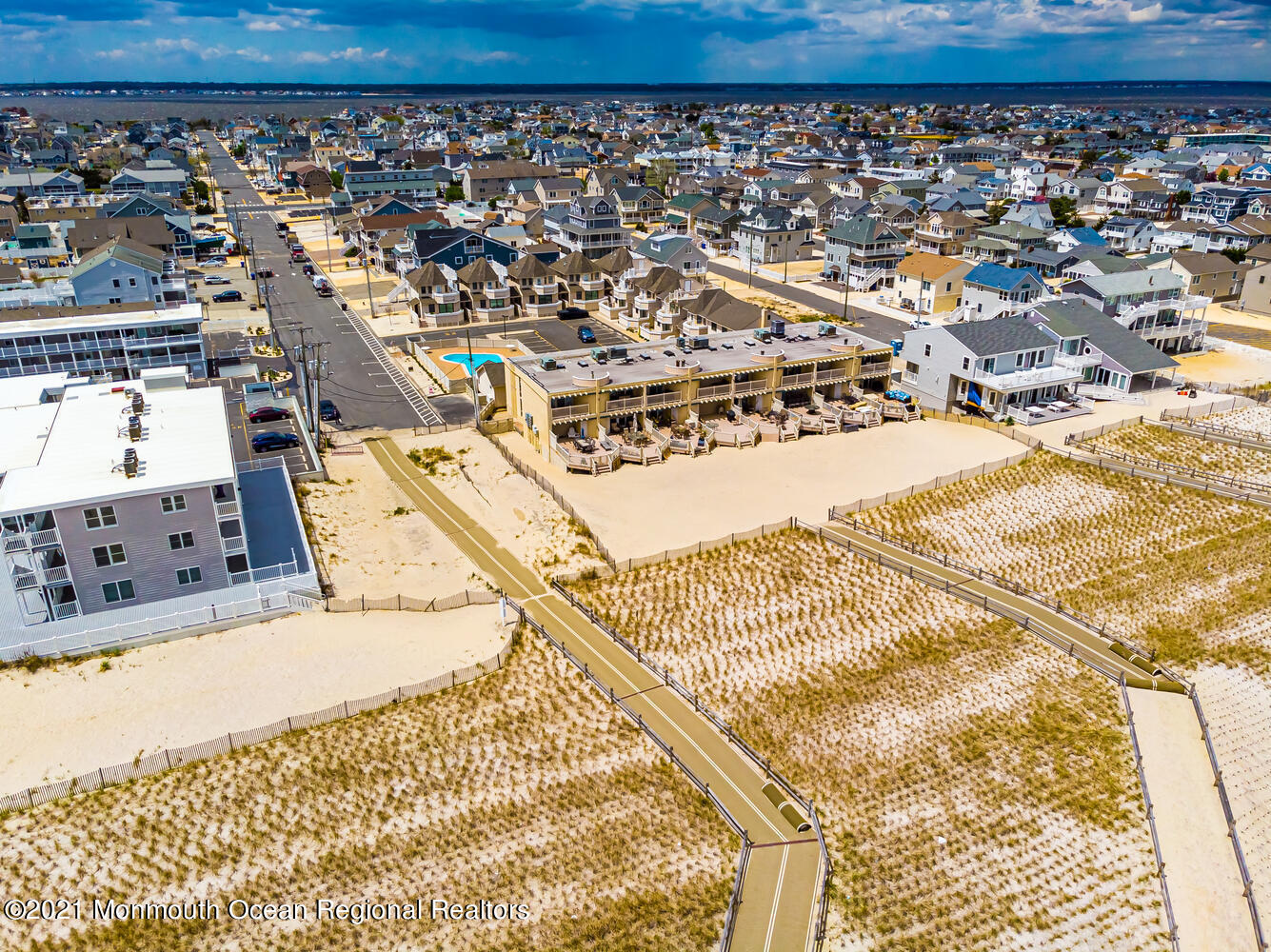2 2nd Ave Seaside Heights NJ-large-008-0