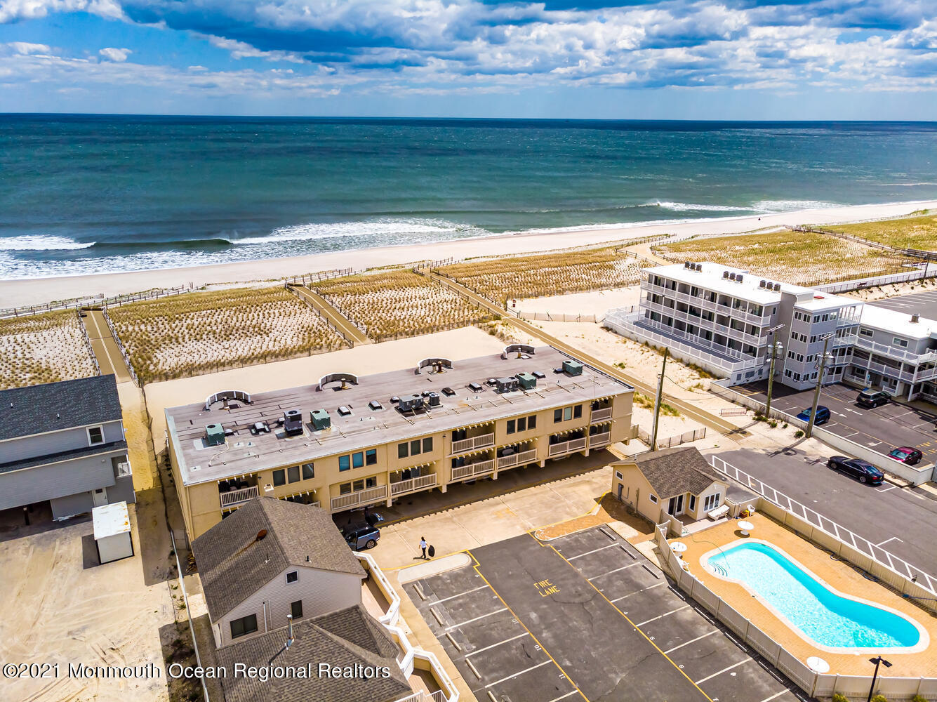 2 2nd Ave Seaside Heights NJ-large-012-0