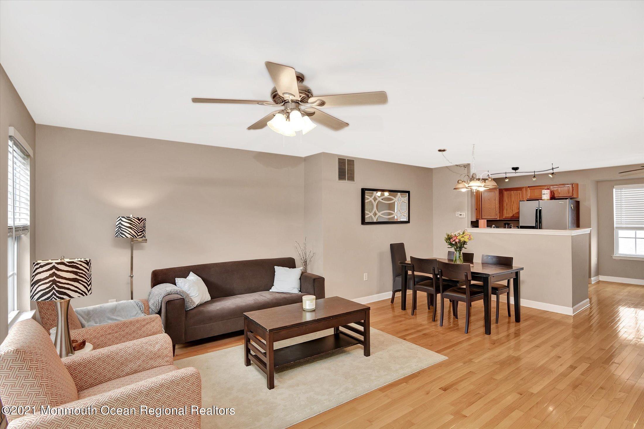 15-Living & Dining Room