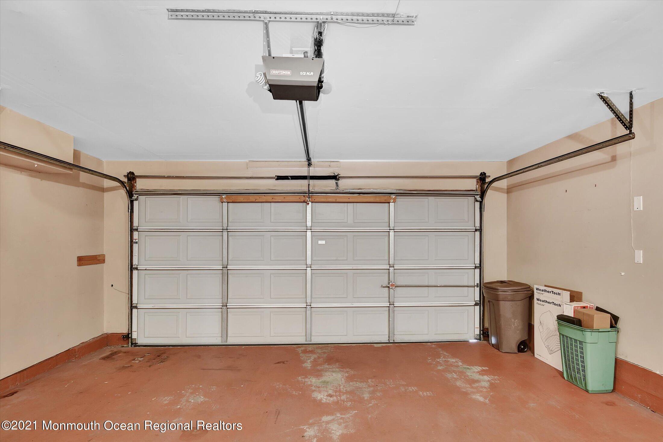 38-Garage