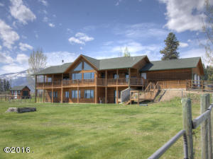 Single Family Home for Sale at 1526 Red Crow Road Victor, Montana 59875 United States