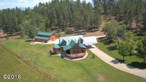 Single Family Home for Sale at 2250 Red Crow Road Victor, Montana 59875 United States