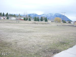 lot 10 Riparian Dr