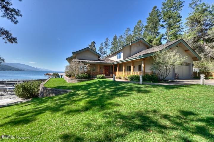 01 - Residence & Lake