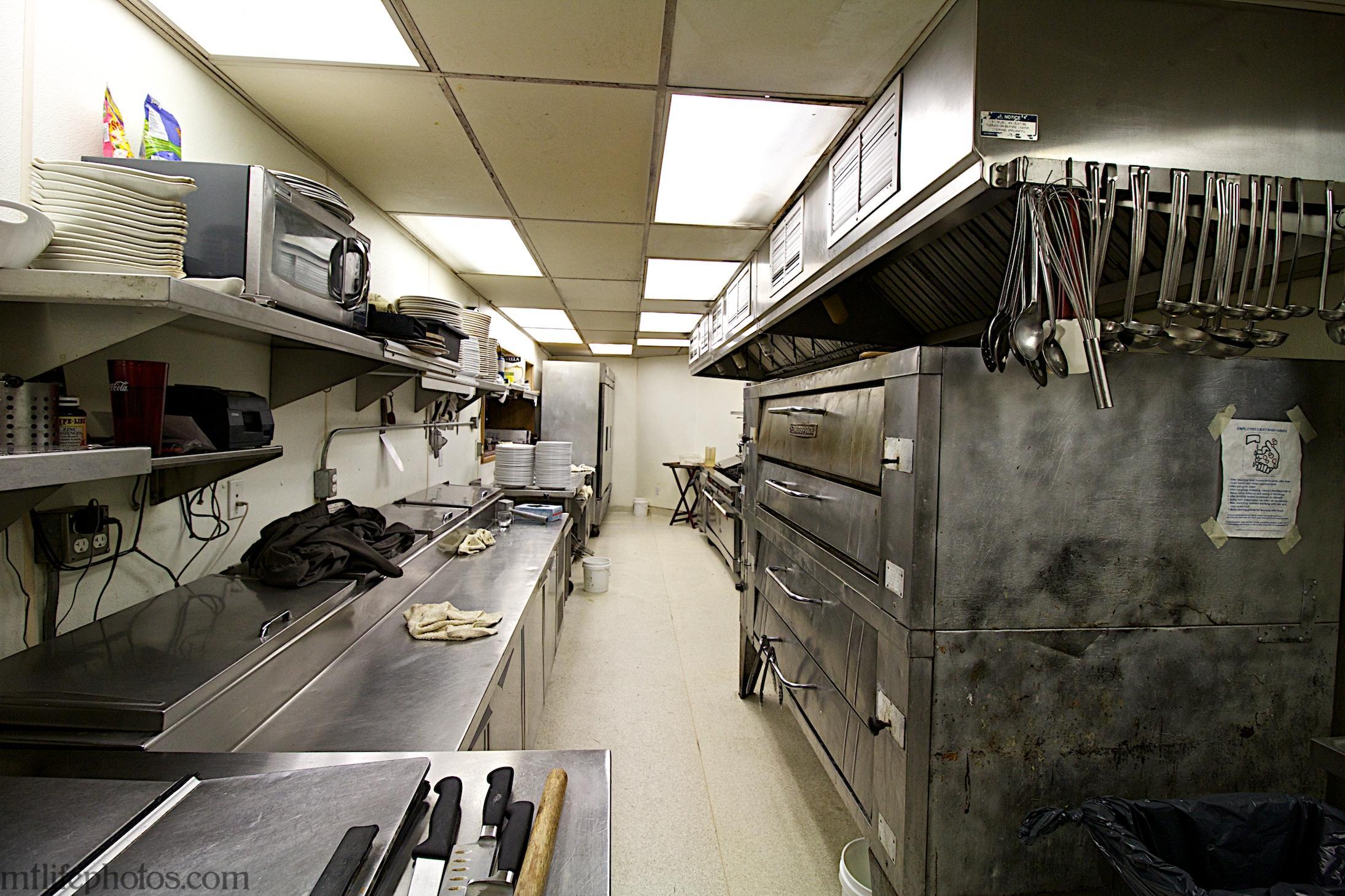Main floor kitchen 2