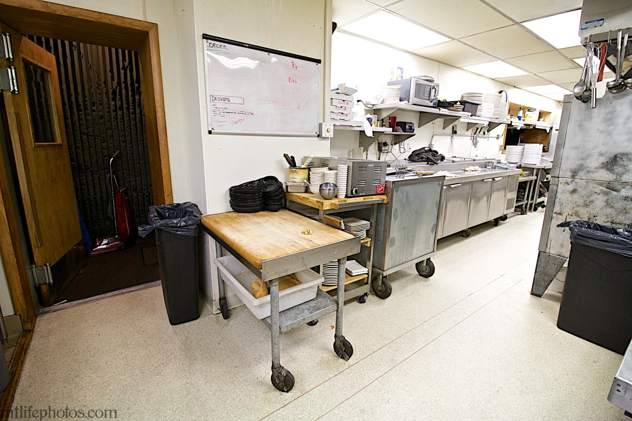 Main floor kitchen 4