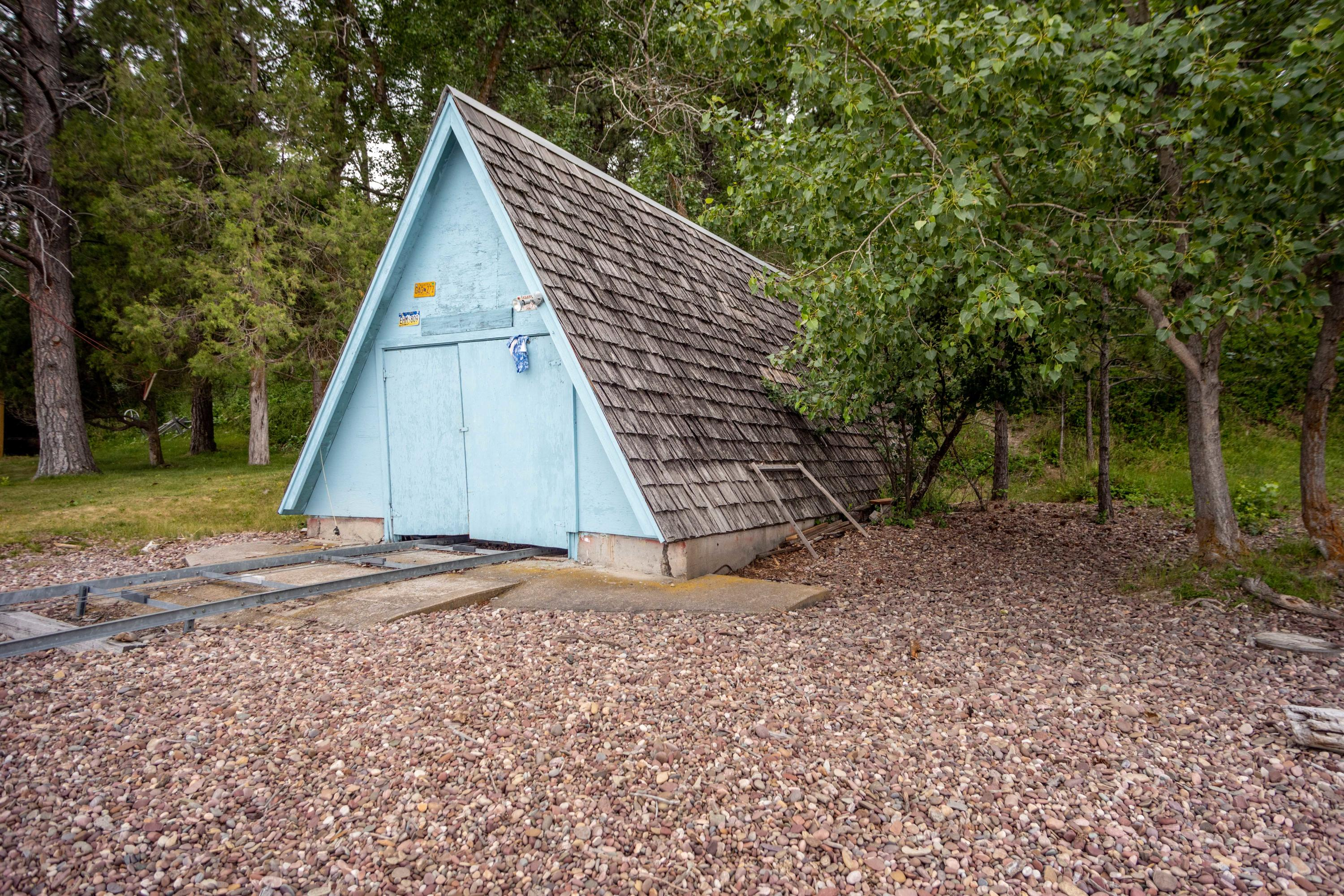 Covered Boat House & Ramp