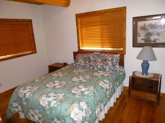 Main lvl bedroom