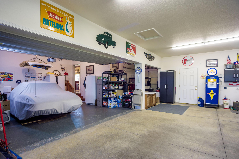 5+ Car Garage + Golf Cart Bay