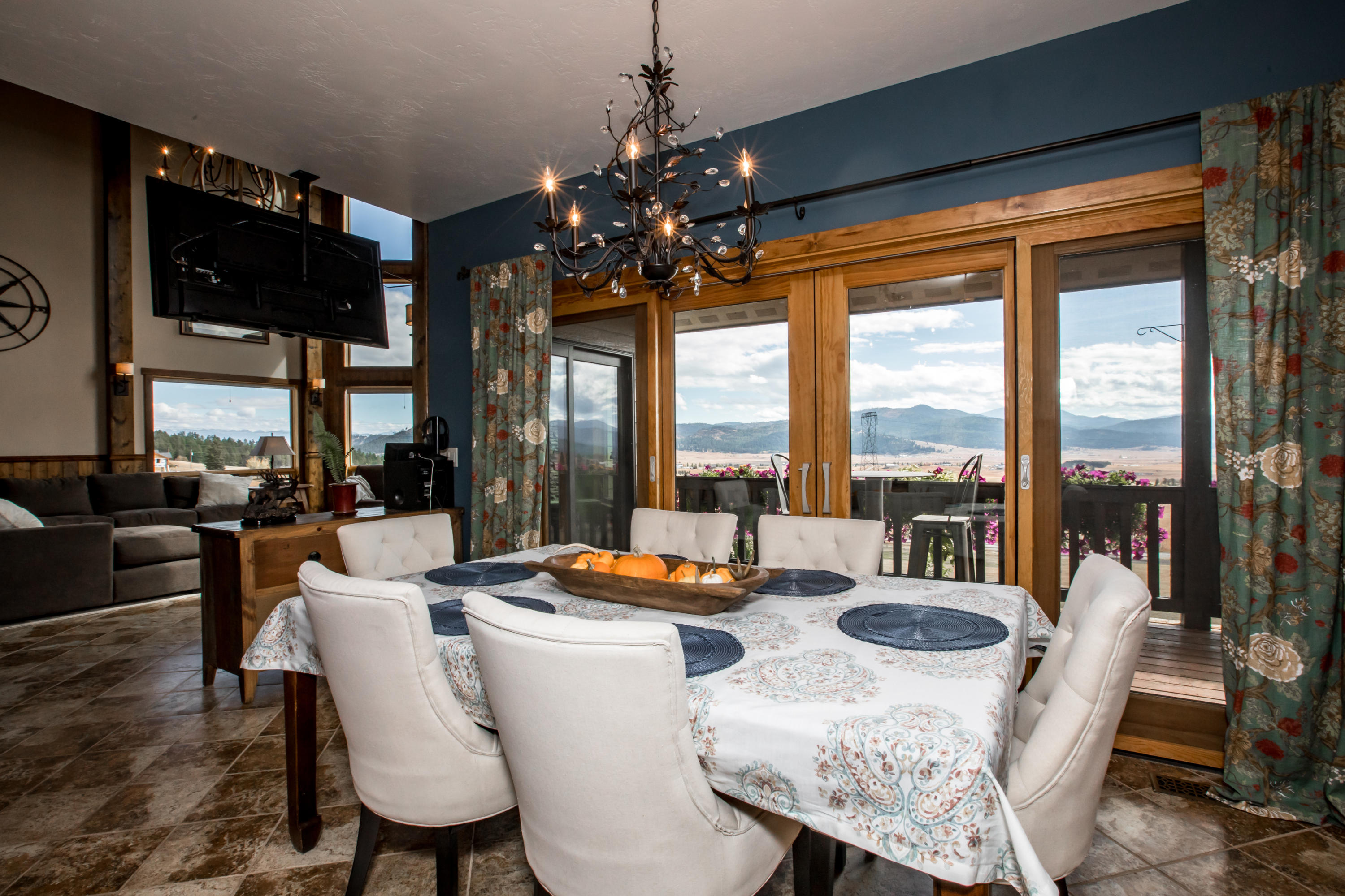 dining room and views