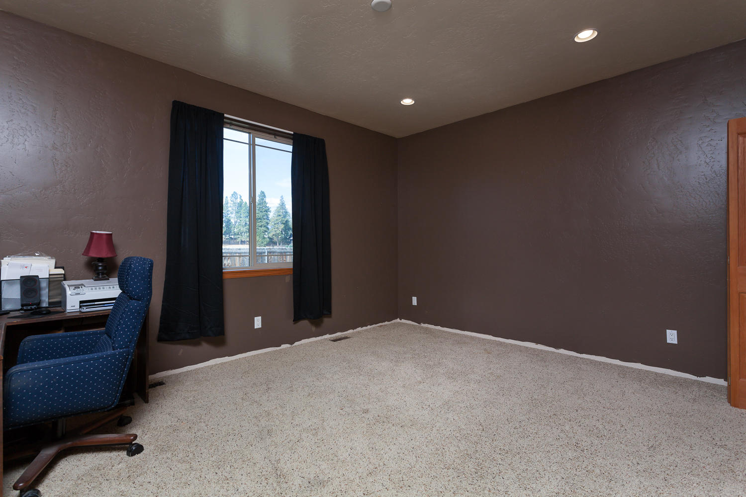 Large 2nd & 3rd Bedrooms