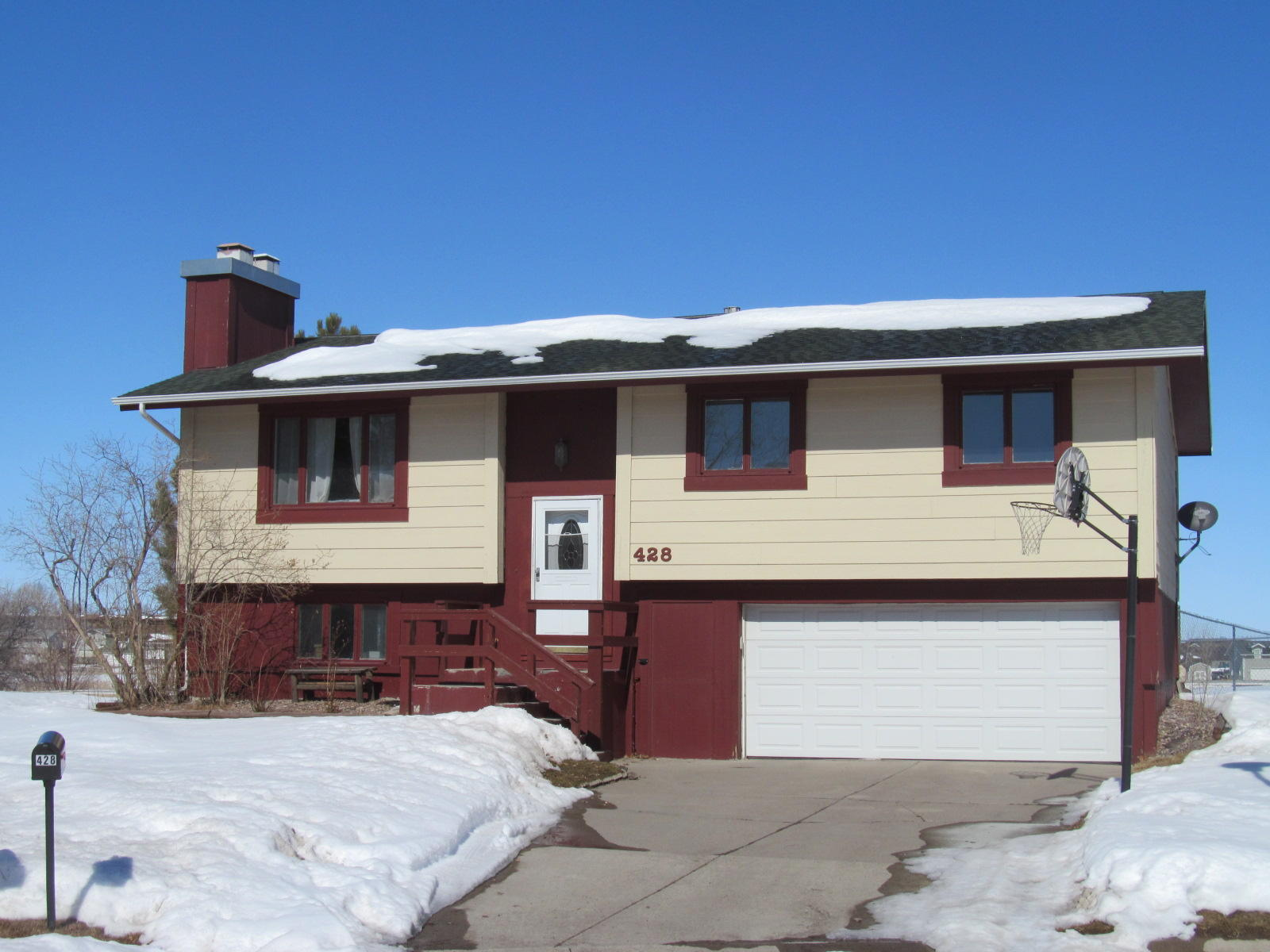 28 CLEARWATER CRT