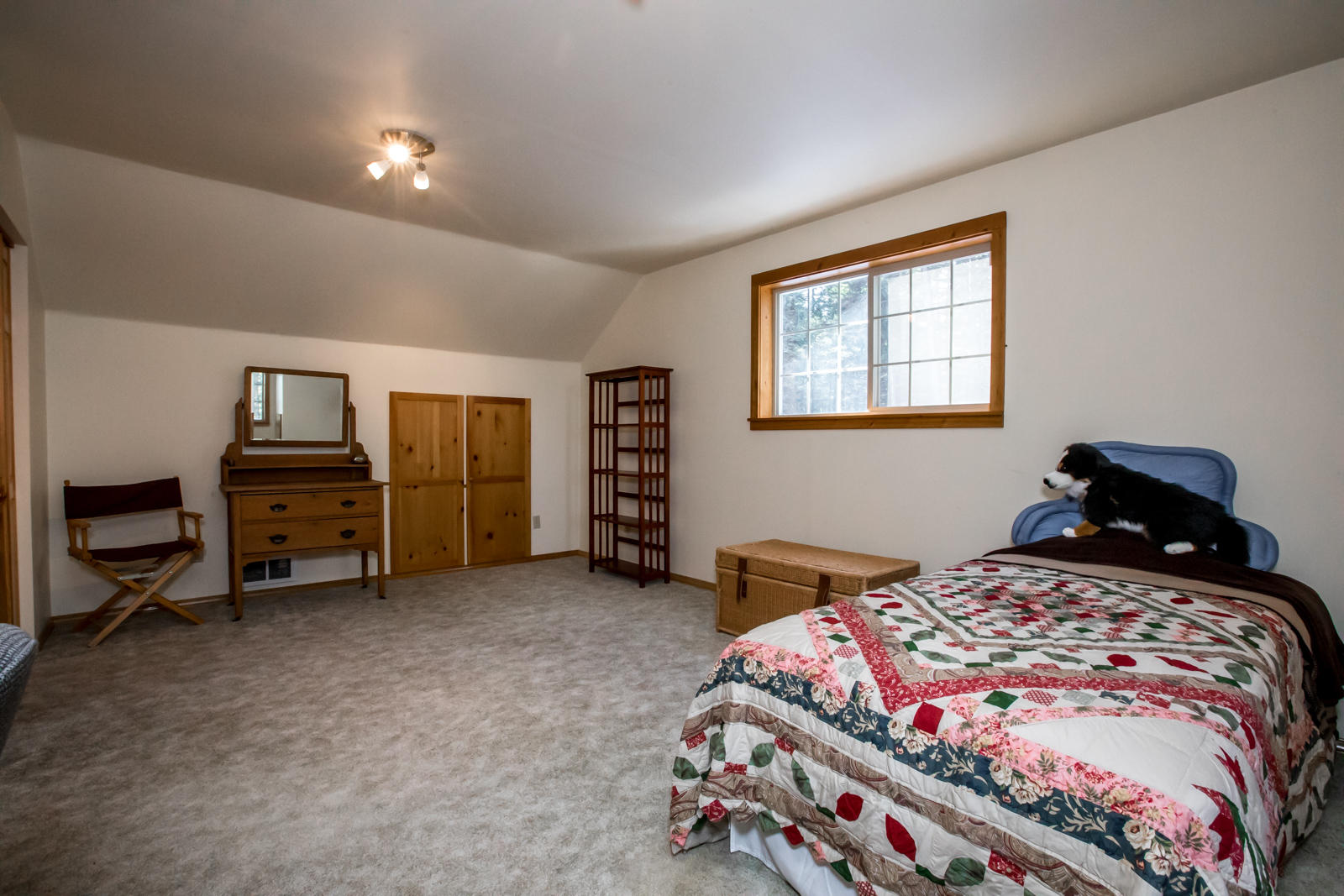 All 3 bedrooms -spacious & bright