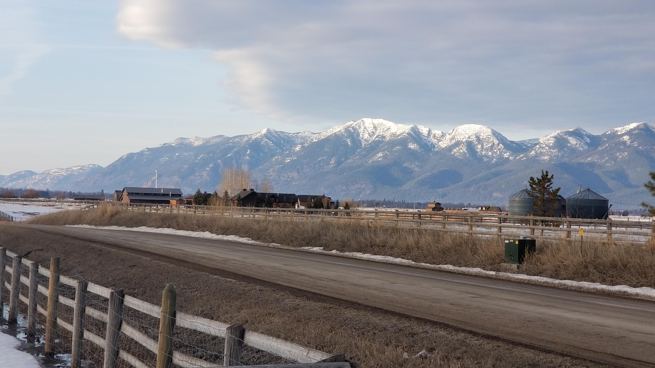 880 Farm Road