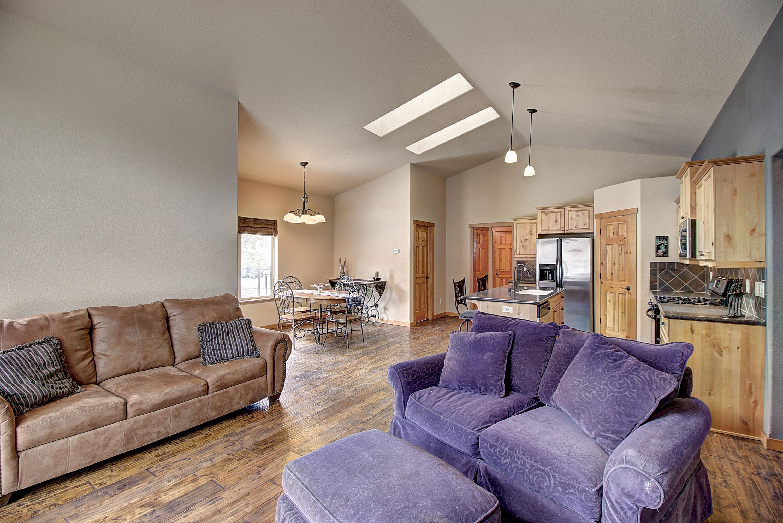 Living Area 5