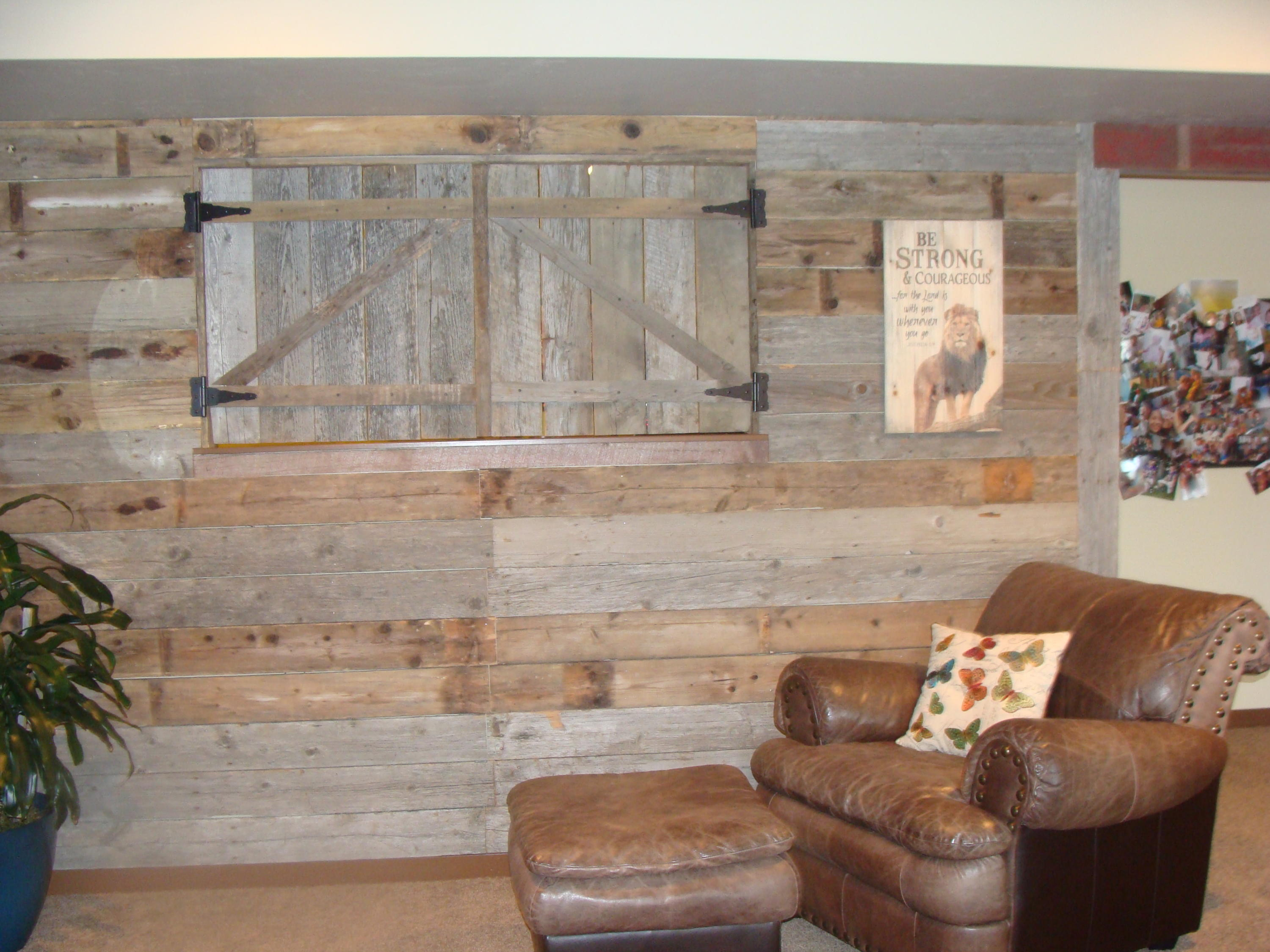 another view of barnwood wall