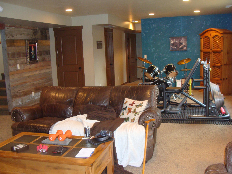 lower level HUGE family room