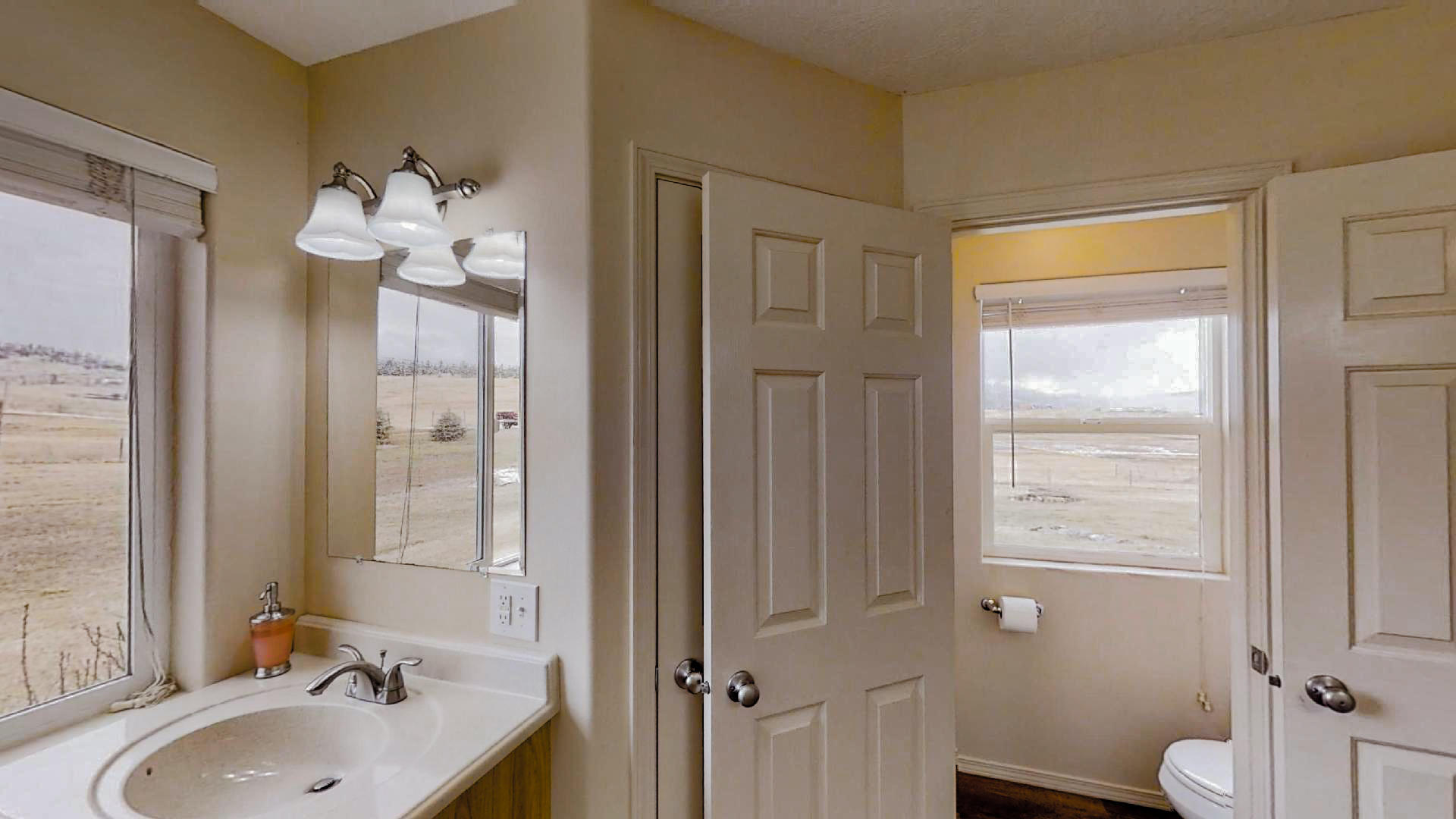 Castleview-Master-Bathroom