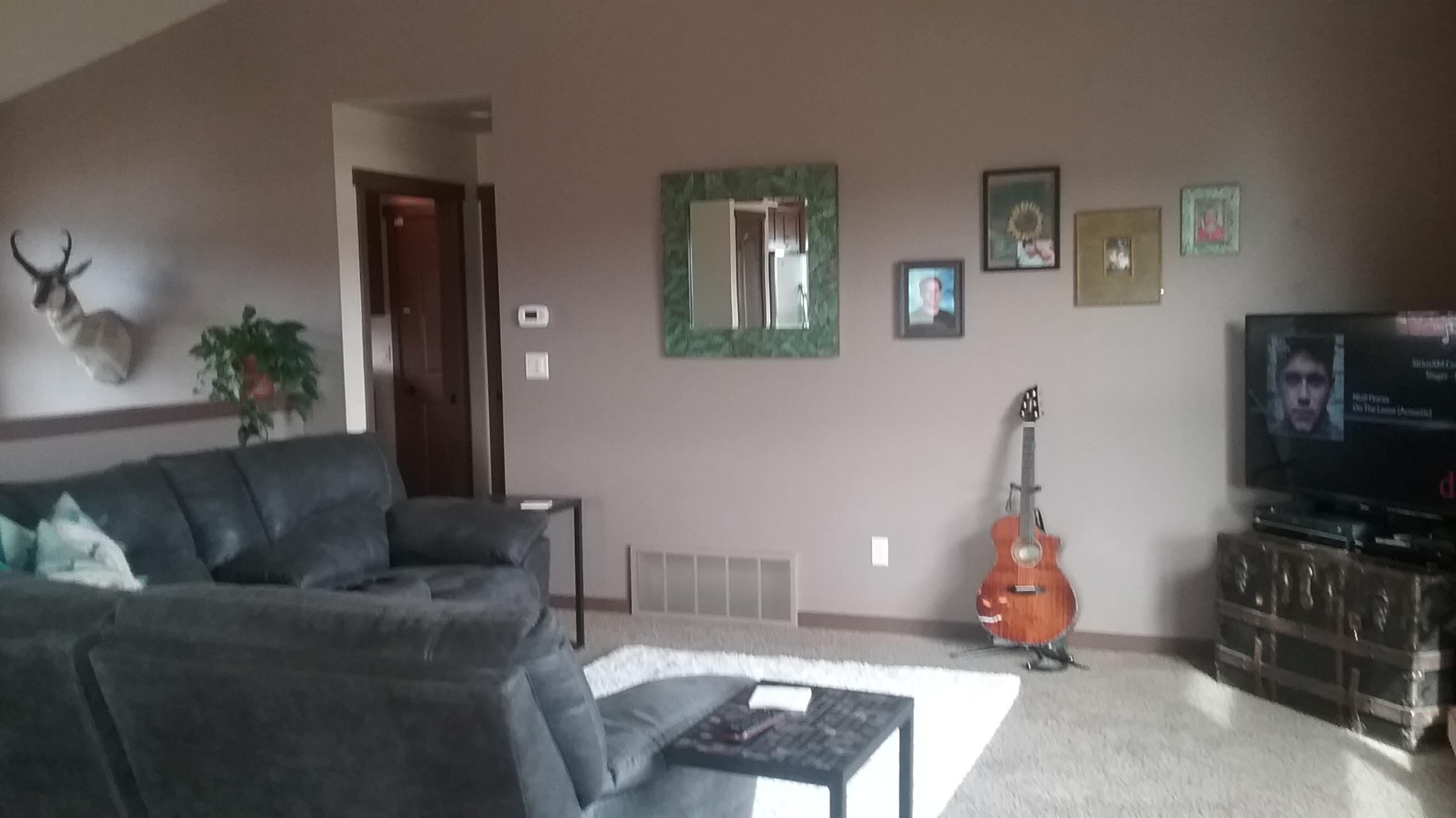 444 livingroom 1