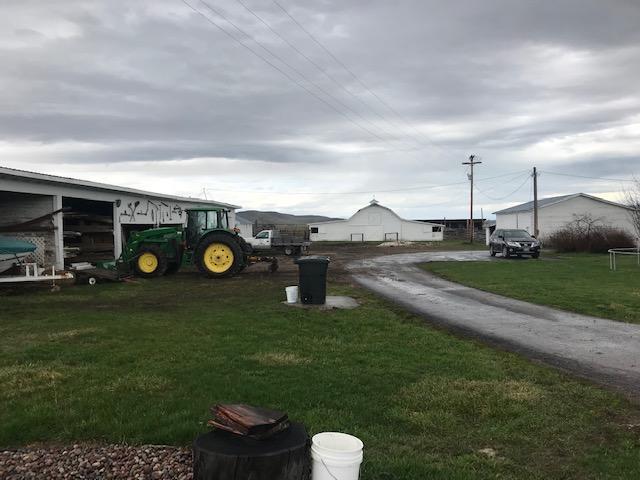 Horse Ranch/Outbuildings