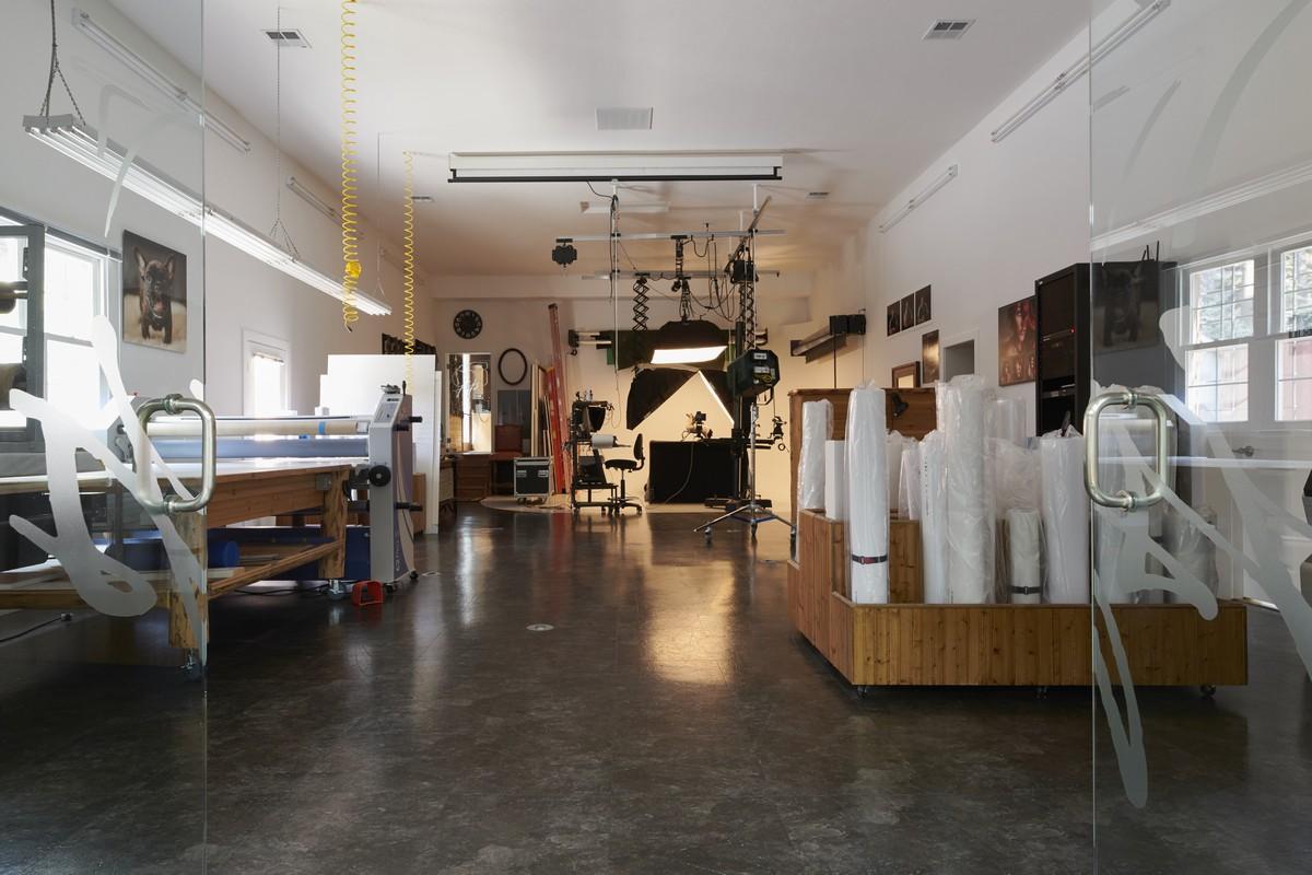 Studio Interior 205May 08 2019