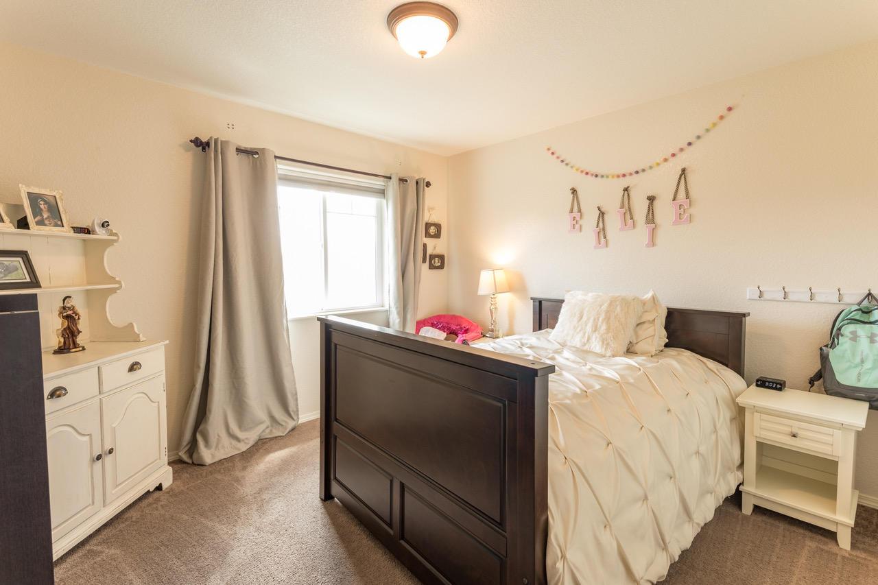 Upstairs bedroom-3