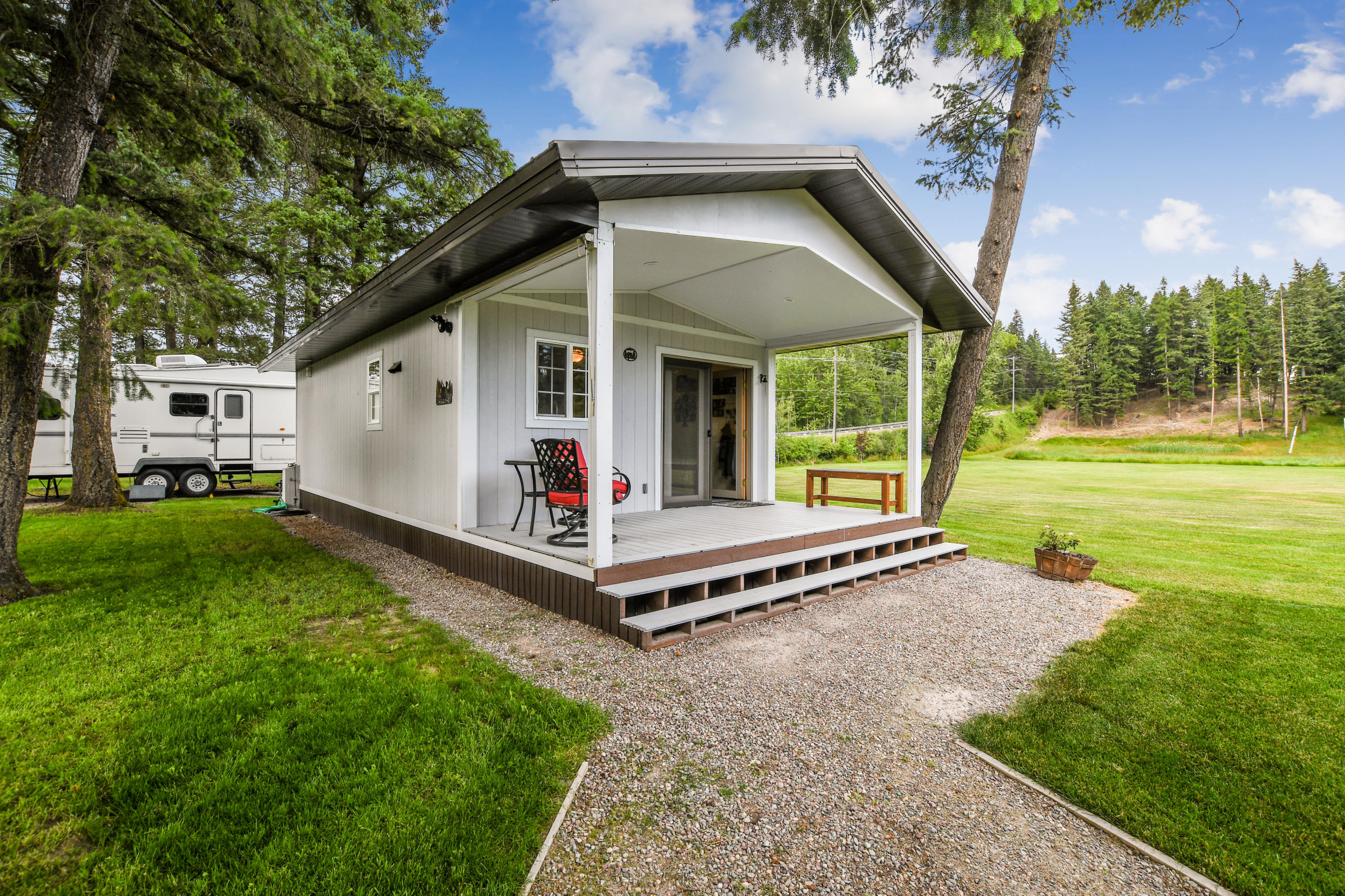 Home for Sale at 215 Halfmoon Road in Columbia Falls