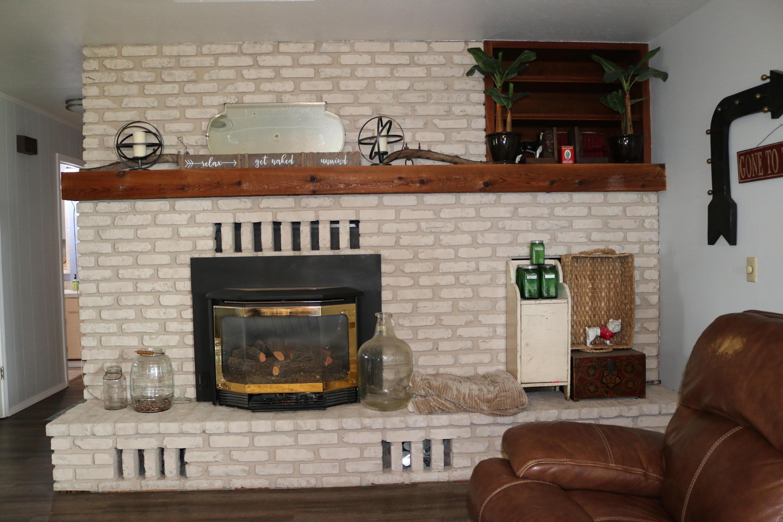 014 Fireplace