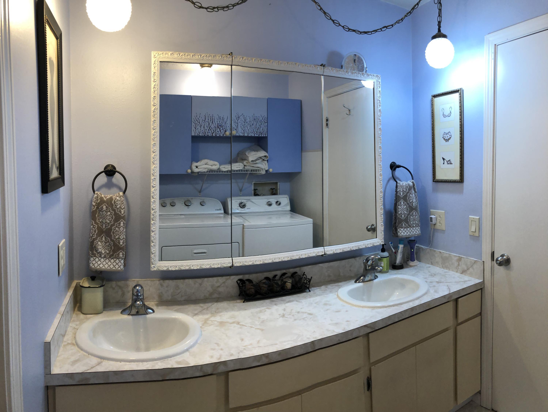 023 Bathroom 3