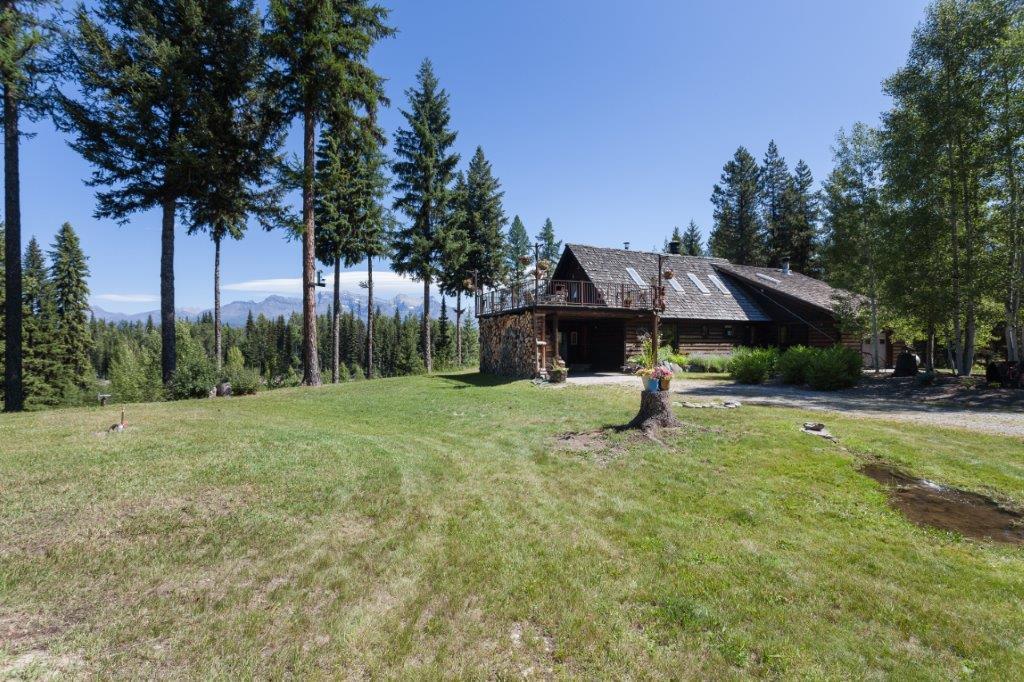 House & Mountain View