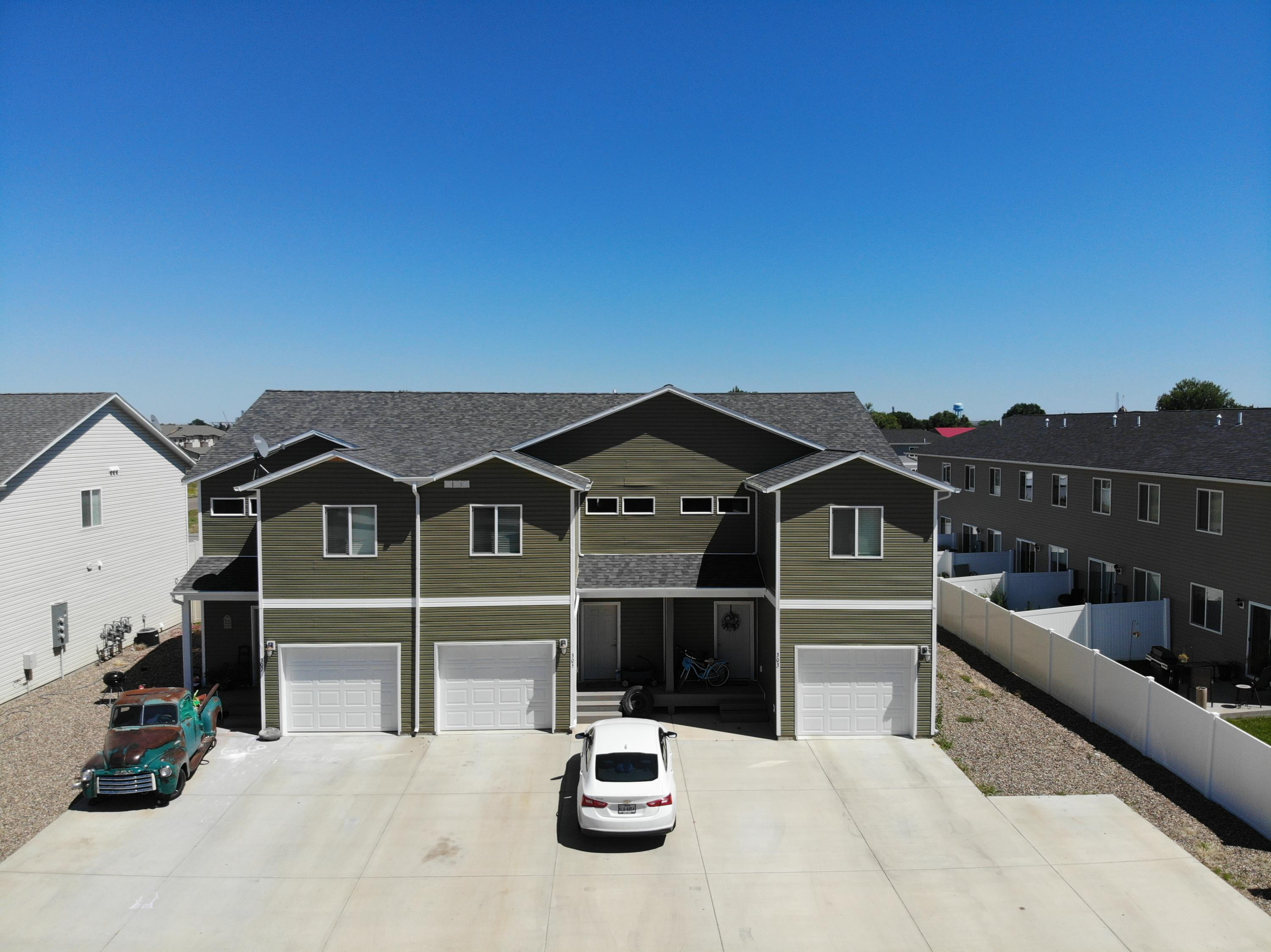 303 305 307 9th Ave - Sidney MT (3)