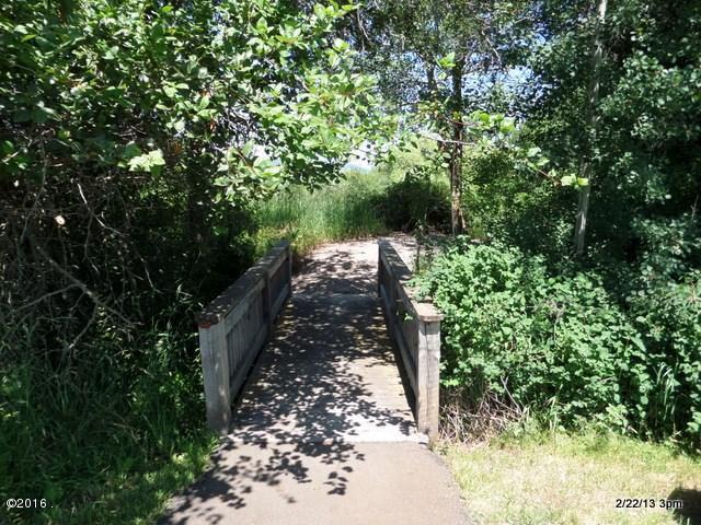 Community Access to Lake