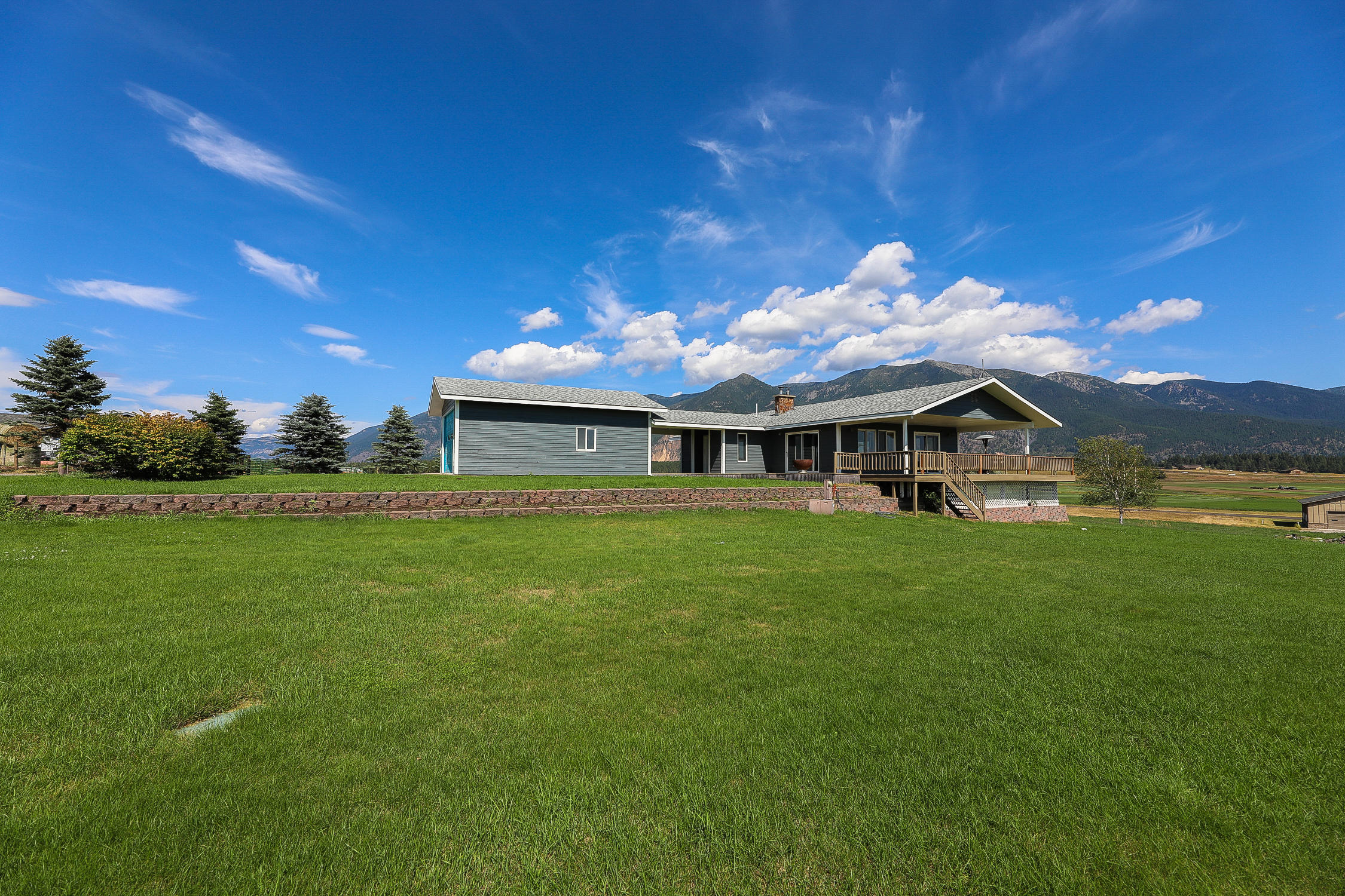 Home for Sale at 1375 Middle Road in Columbia Falls, Montana