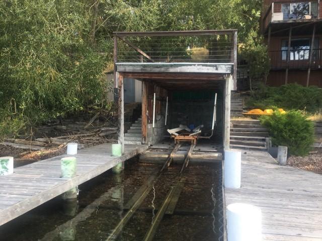 Covered Boathouse & 2 Docks
