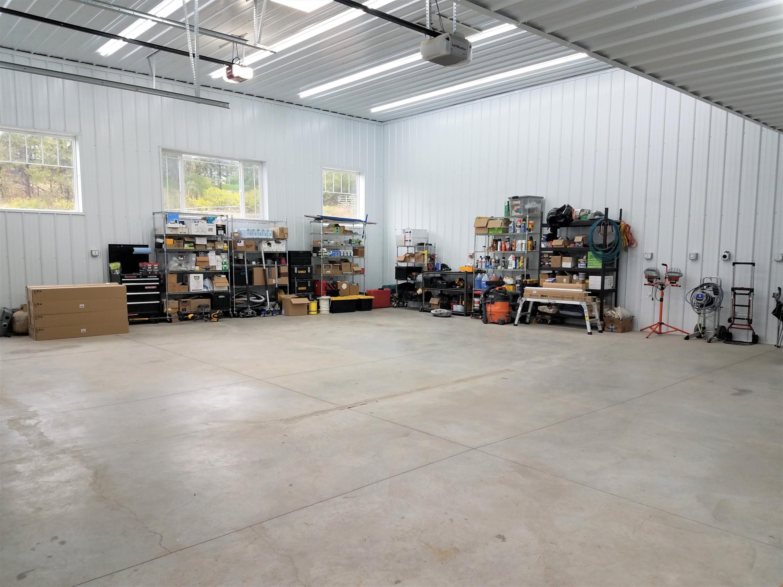 1292 SF Commercial-grade shop