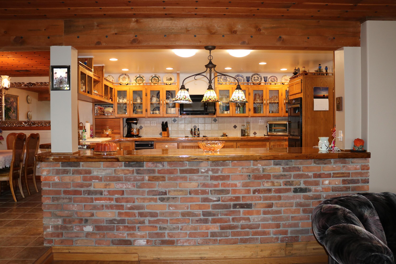 021 Kitchen 2
