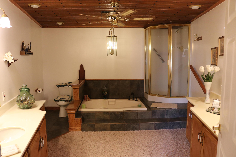 034 Bathroom 1