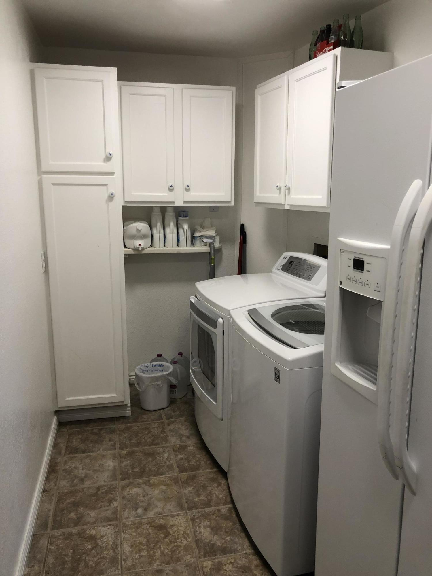 036 Laundry room 1