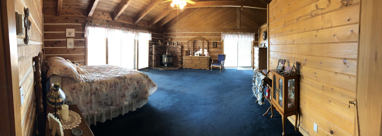 048 Master Bedroom 1