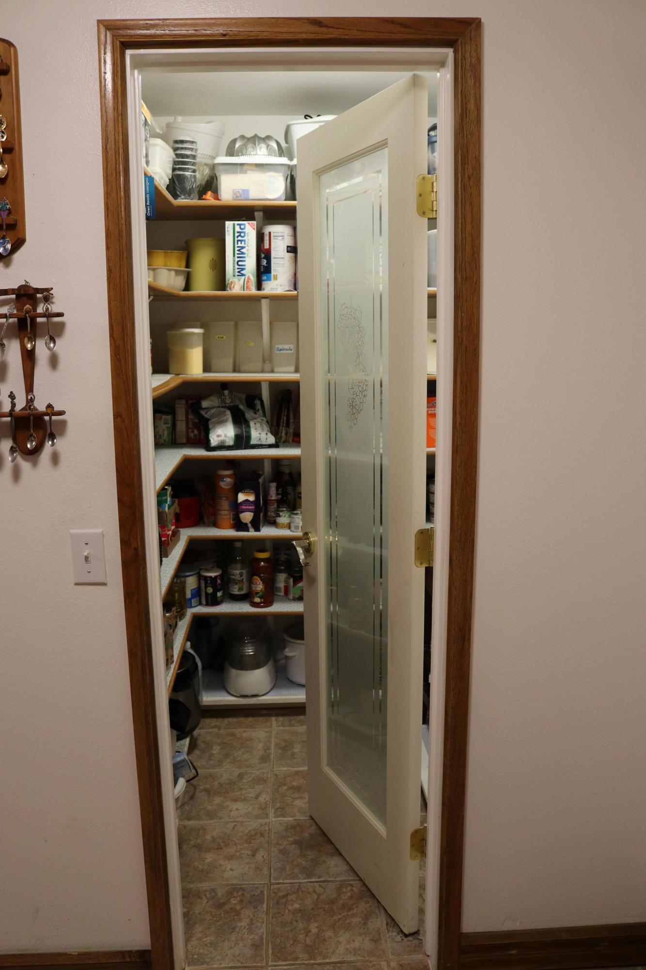 029 Kitchen 10